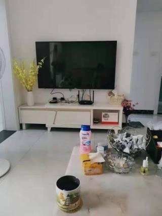(温泉)大楚城1室1厅1卫1300元/月58m²精装修出租 HR222F9